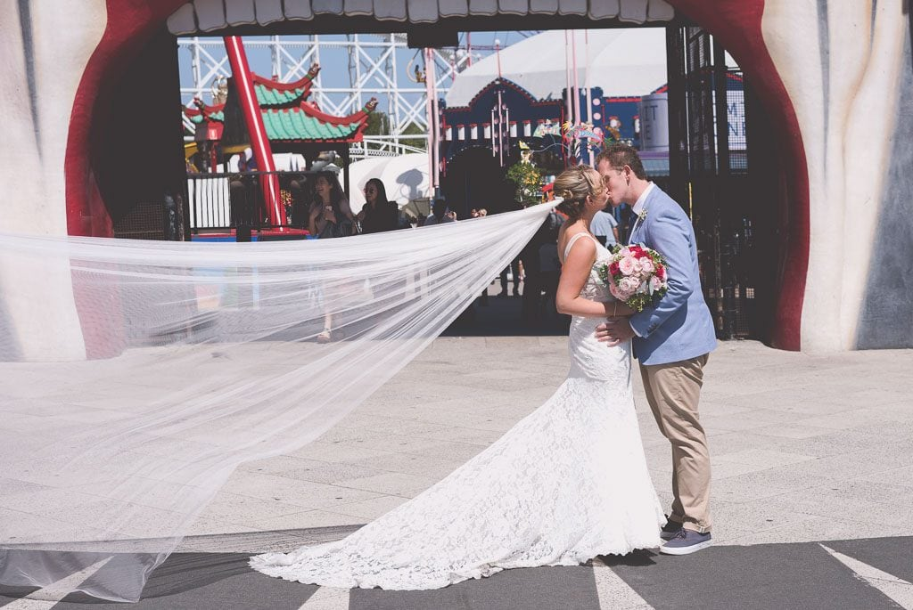 Luna park wedding photography by Pause The Moment