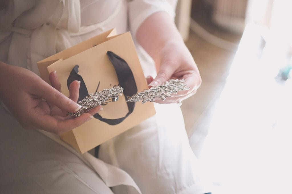 Melbourne wedding photography of the bride's hands with hair clips by Lovisa