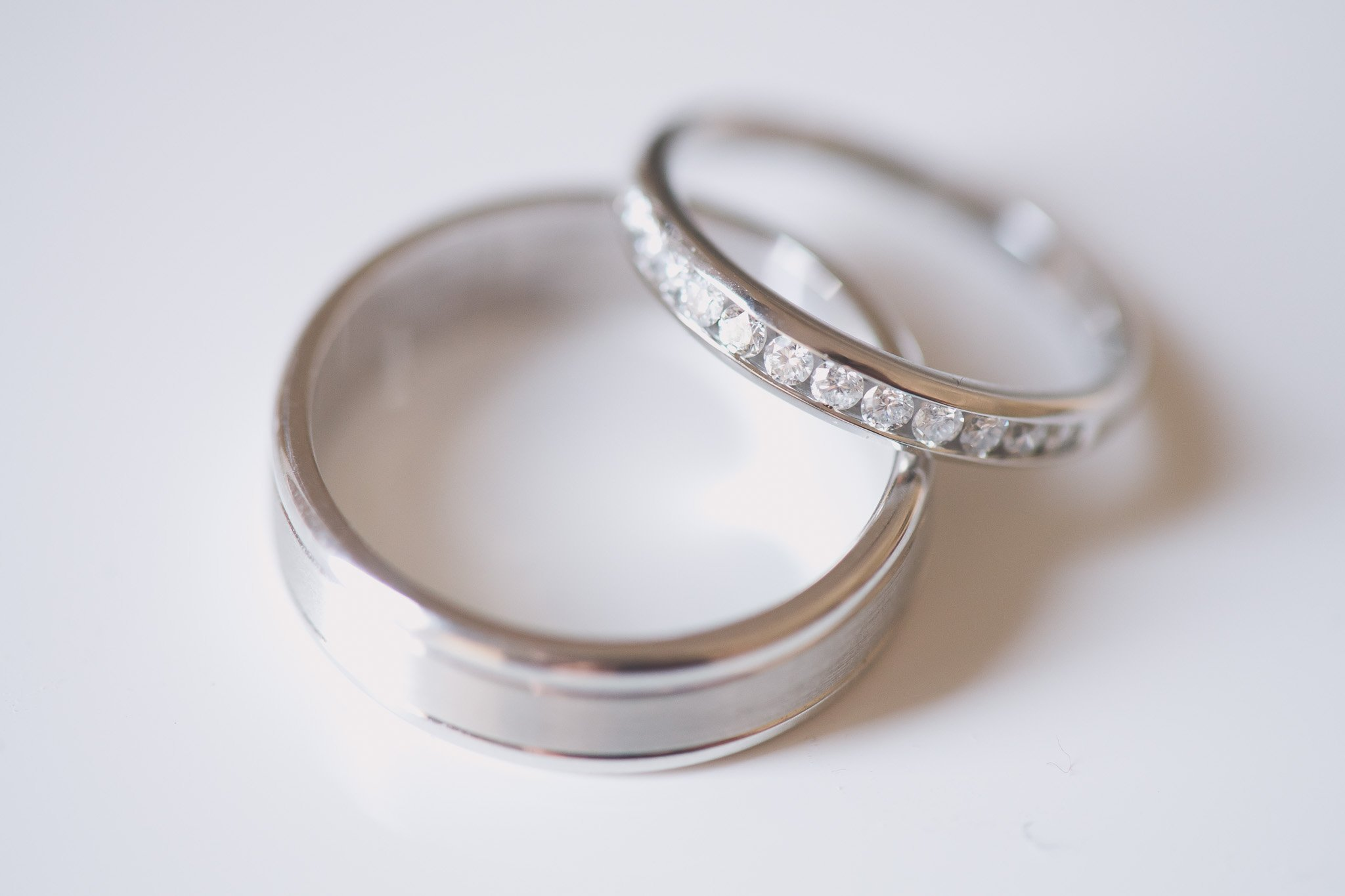 Melbourne wedding photography of detail of the wedding rings with diamonds