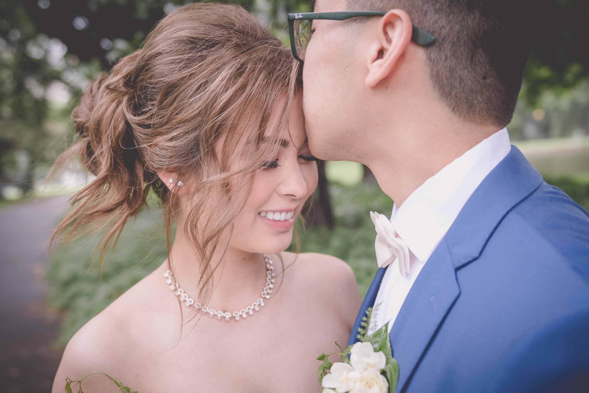 Lina & Will - Lovely Wedding Photography in the Rain • Pause The Moment